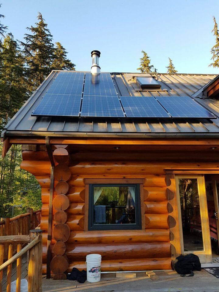 Solar Cabin in Brackendale